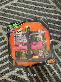 BRAND NEW IN BOX LEMAX Spooky Town The Skull & Rose Tattoo Studio