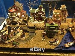 Christmas Village Platform.Collectibles Dept 56 Villages Christmas Village Display