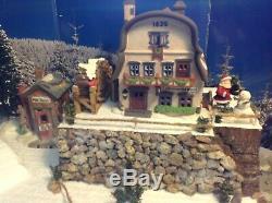 Christmas Village Display Platform Ski Slope W Houses, Figures And Trees Cute