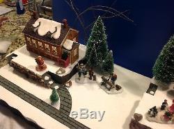 Christmas Village Display Platform W 3 Dept56 New England Houses And Scene