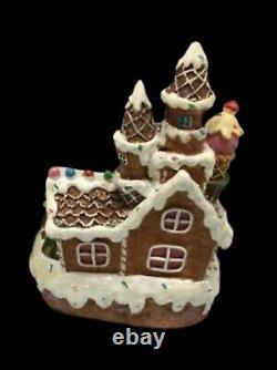 Cracker Barrel All Hearts Come Home Fiber Optic Gingerbread Christmas House Box