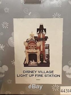 DISNEY WORLD VILLAGE MAIN STREET USA LIGHT UP FIRE STATION in ORIGINAL BOX