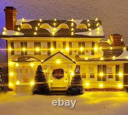 Department 56 National Lampoon's Christmas Vacation Griswold Holiday House