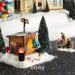 Department 56 National Lampoons Christmas Vacation Griswold Sled Shack Lit Buil