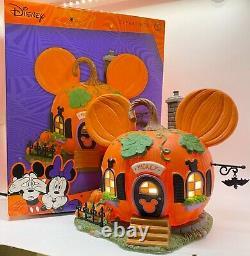 Dept 56 DISNEY VILLAGE Mickey's Pumpkintown House Lit Figure NEW 2021 Lights Up