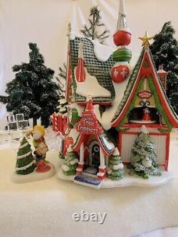 Dept 56 North Pole Village -Christmasland Tree Toppers