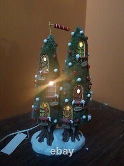 Dept 56 Rudolph Reindeer Condo Home Stable North Pole Wood Christmas Village Lot