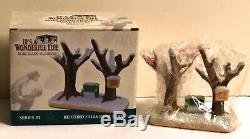 Enesco Porcelain Figurine Bedford Falls Park Bench 2004 It's A Wonderful Life
