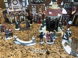 Grandeur Noel 34-piece Victorian Village 2000 Collector's Edition Christmas Euc