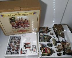 Grandeur Noel 37 pc Fiber Optic Victorian Christmas Village Set 2003 Collectors