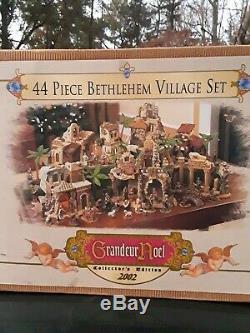 Grandeur Noel 44-Piece Bethlehem Village Set Collector Edition Nativity 663303