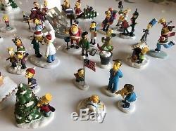 Simpsons Christmas Village.Hawthorne Simpsons Christmas Village Figures Set 49 Pieces