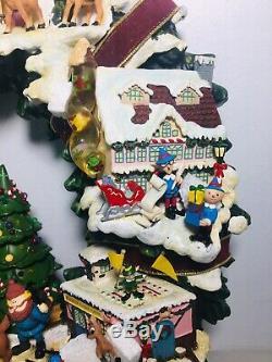 Hawthorne Village Rudolphs Christmas Town Illuminated Lighted Wreath Rare