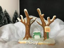 It's A Wonderful Life Enesco Christmas Village Bedford Falls Park Bench! NIB