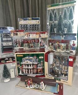 LEMAX Christmas Village Lot Of Houses And Accessories