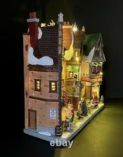 LEMAX Christmas Village Wintergarten Lane Illuminated Tested Michaels 05701 NIB