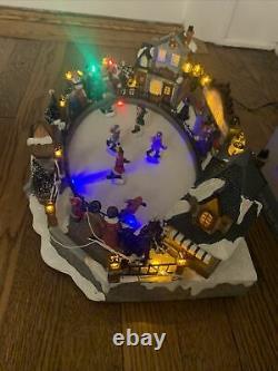 Lemax Carole Towne Lawley Village Skating Rink Animated Christmas RARE READ