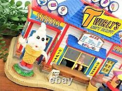 Lemax Christmas Carnival Twirlys Soft Serve Booth 75526 Kiosk Rare Retired 2017
