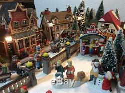 Lemax Christmas Lighted Village Includes Display platform