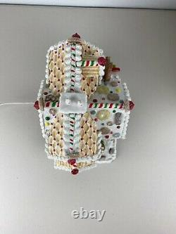 Lemax Sugar N Spice 2004 Granny's Sweets & Baked Goods Porcelain Lighted House