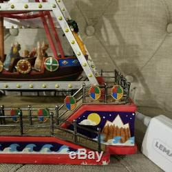 Lemax carnival Village Collection The Viking Ship & Adapter working no box