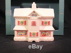 Lenox Holiday Porcelain Village Pieces 8 Year 1992