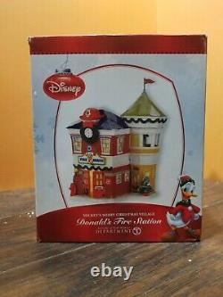 NEW Disney Dept 56 Donald Duck Fire Station House Mickey Merry Christmas Village