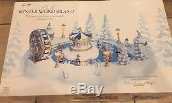 NEW RARE Trendmasters Christmas Magic Winter Wonderland Animated Pond Carnival