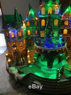 New 15-1/4 Christmas Victorian City Village Animated Tree Lighted Musical Santa