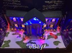 New Graceland At Christmas Elvis Songs Illuminated Musical Porcelain Led Lights