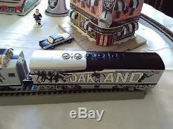 Oakland Raider Christmas TRAIN & TOWN