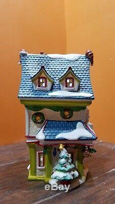 RARE! Dept 56 811262 Donald Duck Toy Shop Store House Disney Christmas Village