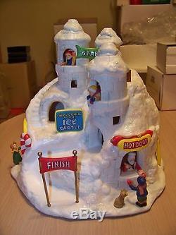 RARE Lefton Colonial Village Kringle's Snow Castle #12129 SIGNATURE ON BOTTOM