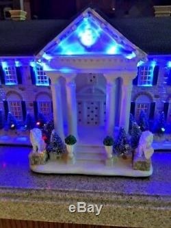 Santa's Best Graceland Light Up Mansion Elivs Presley Christmas With Remote