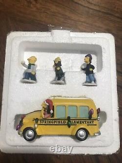 Simpsons Hawthorne Christmas Village'Off to School' COA-2007 Simpson Holiday