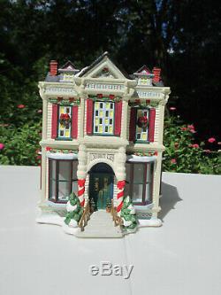 St Nicholas Square University Club Christmas Village Vtg Ceramic Holiday Box