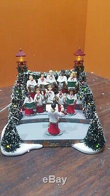 VIDEO Dept 56 52505 Village Animated Holiday Singers Choir Caroler Christmas NEW