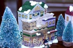 Vintage Porcelain Little Christmas Village 26 Piece Set Original Box musical
