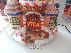 Vtg Holiday Living 15 Fiber Optic Motion Christmas Gingerbread House Village